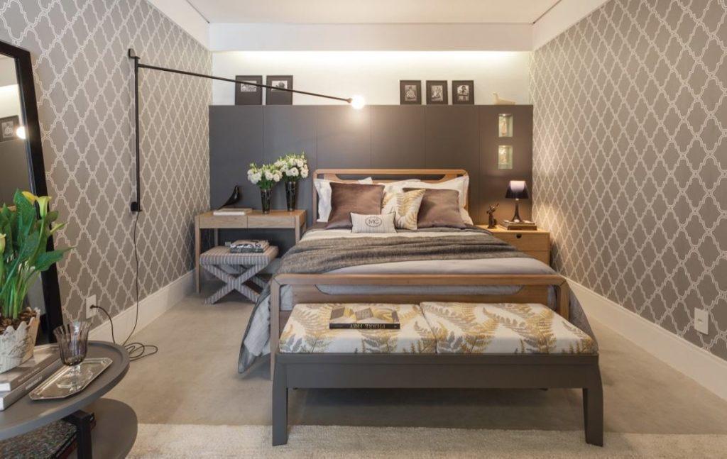 Papel de parede para quarto de casal  neutro clássico.