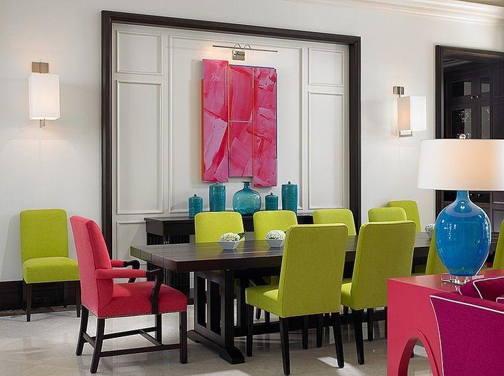 Sala de jantar com combinação de cores em tríade.