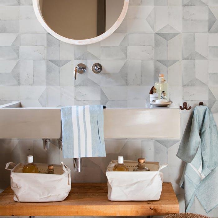 Papel de parede 3D para banheiro moderno.