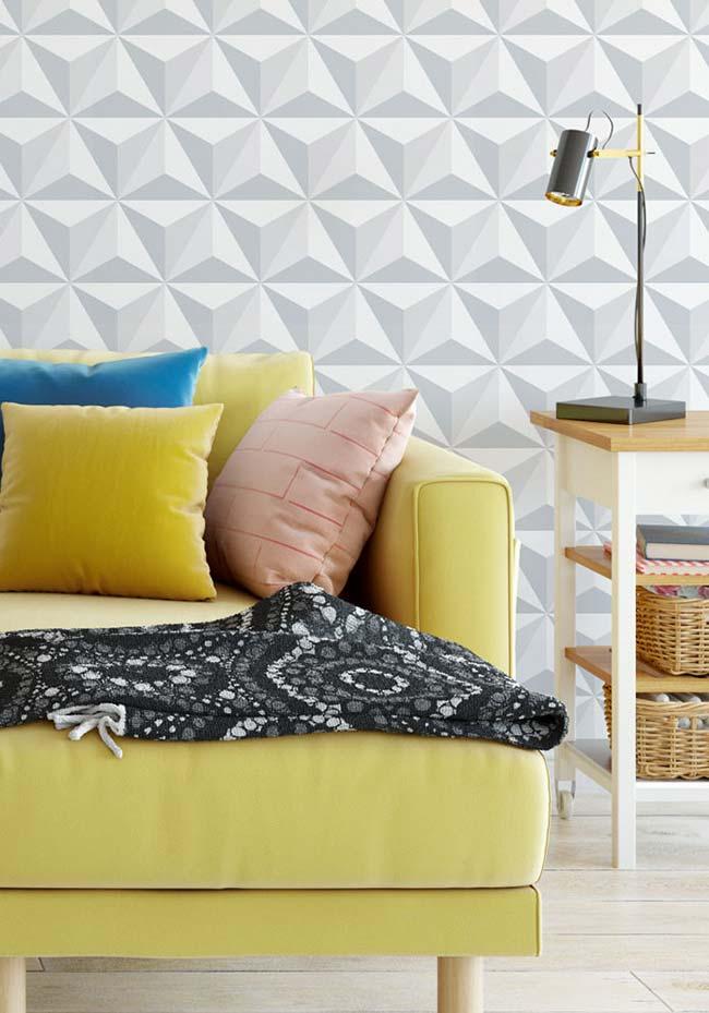 Sala moderna com sofá amarelo.
