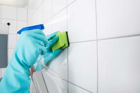 Como limpar azulejo de banheiro com vinagre e detergente.