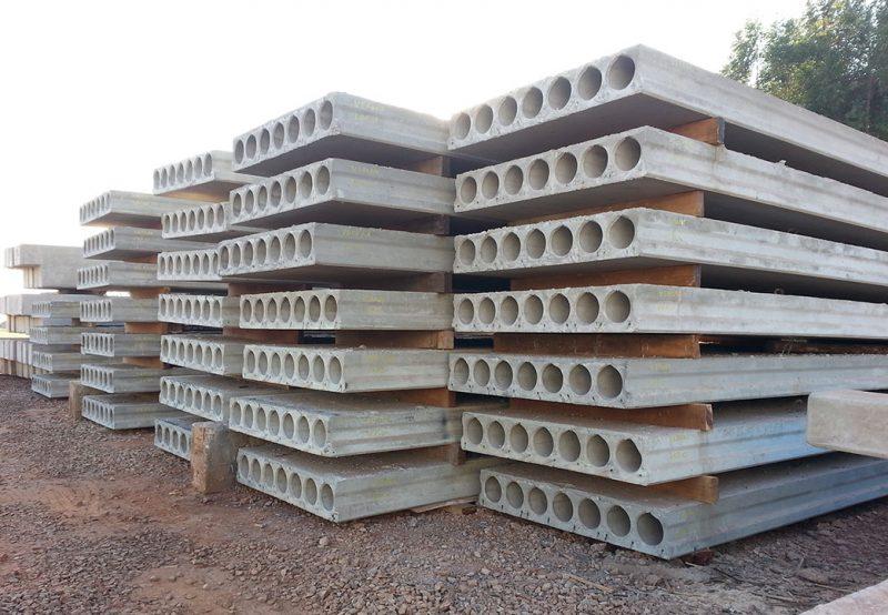 Painéis de concreto alveolados.