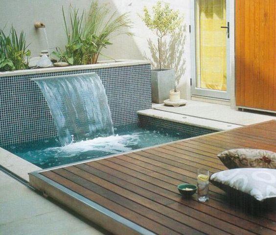 deck de madeira deslizante para piscinas