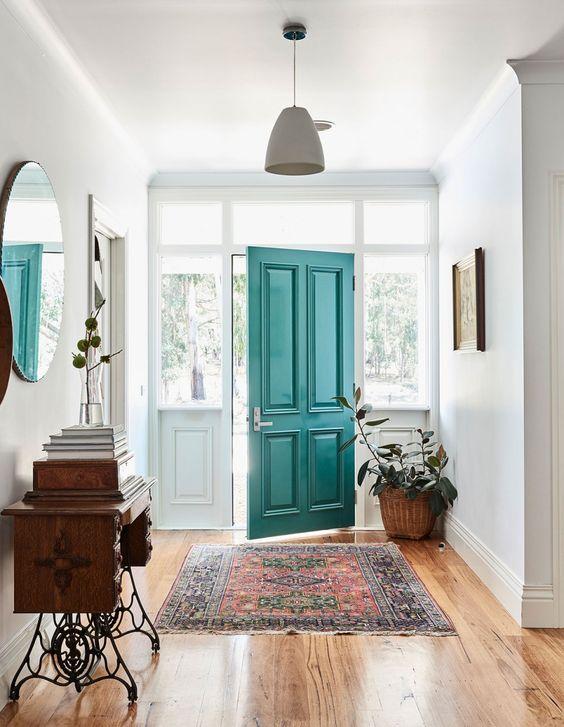 porta de casa azul turquesa
