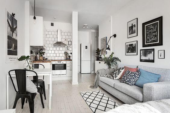 casa pequena com sala de estar com cozinha conjugada