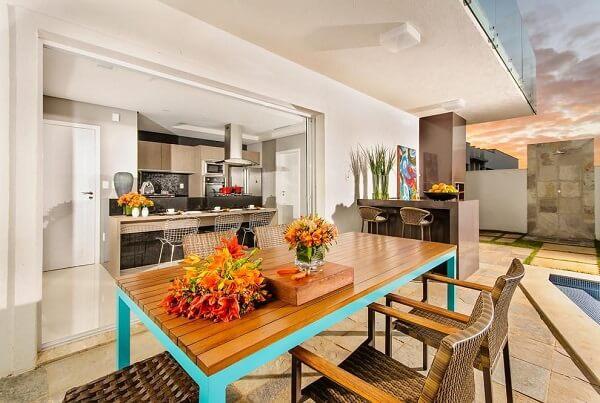 mesa de jantar azul turquesa