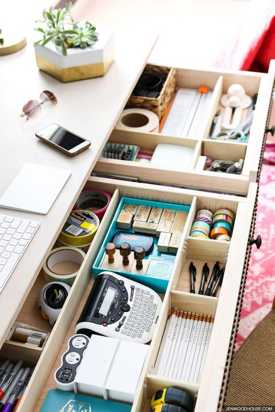 como organizar a casa com gaveta de escritório com separador interno