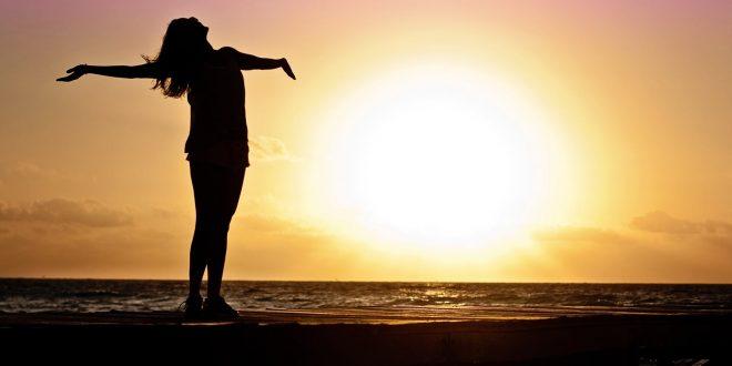 Saúde e vitalidade representado com mar e por do sol