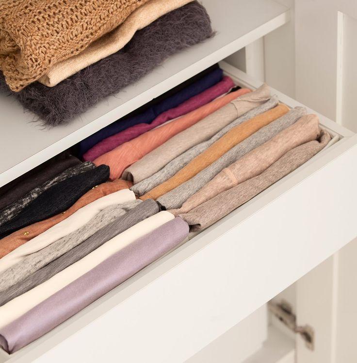 gaveta com roupas dobradas de forma organizada
