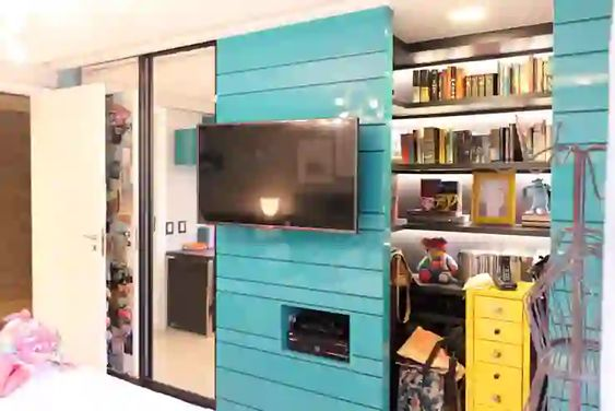 painel para televisão em azul