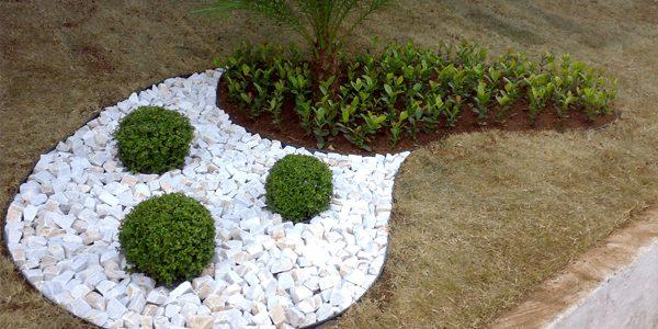 pedra brita jardim