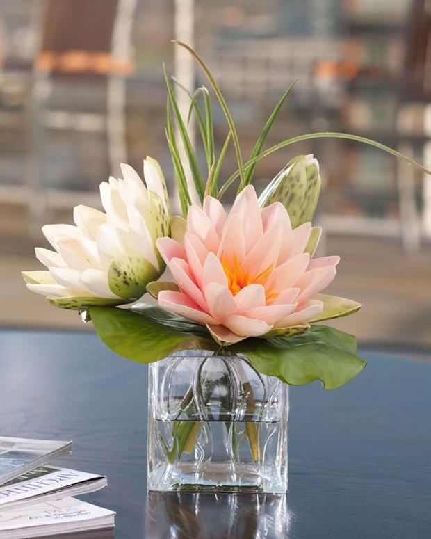 vaso com lotus