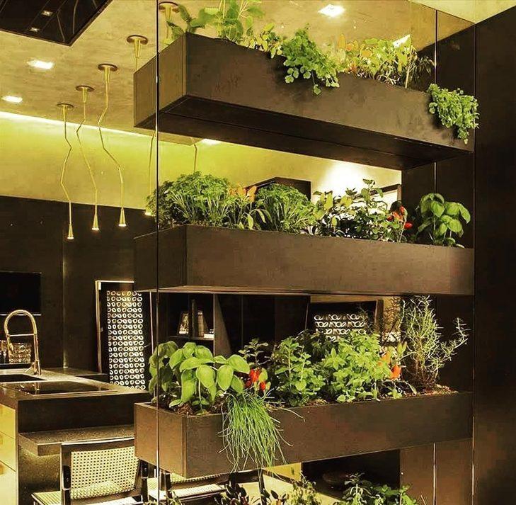 horta vertical nicho madeira