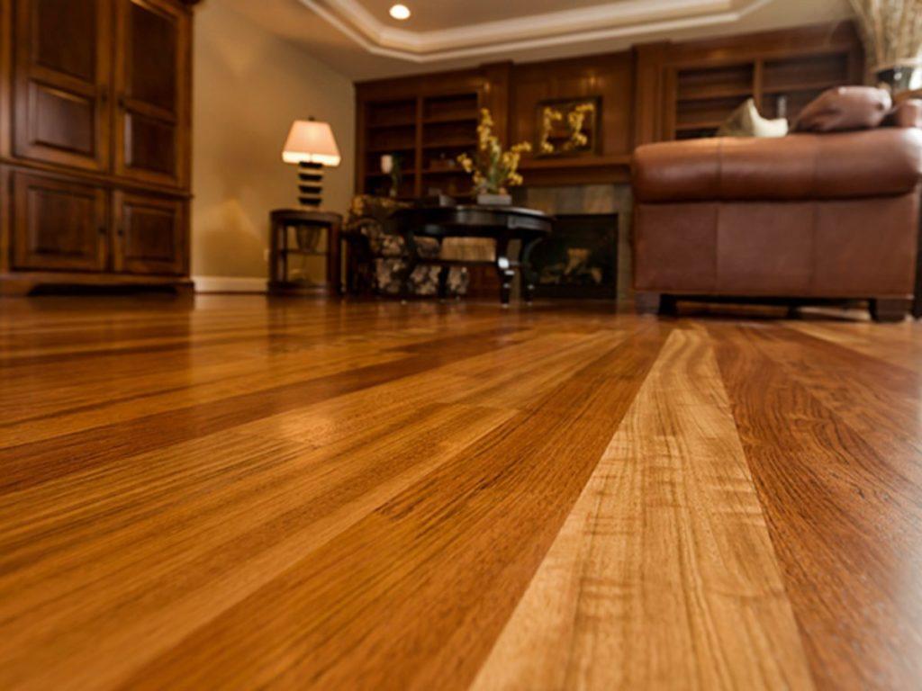pisos que imitam madeira de carpete
