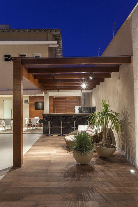 pisos que imitam madeira no pergolado