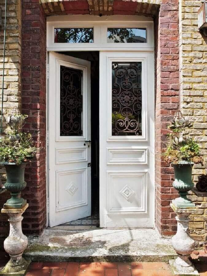 porta rustica de entrada
