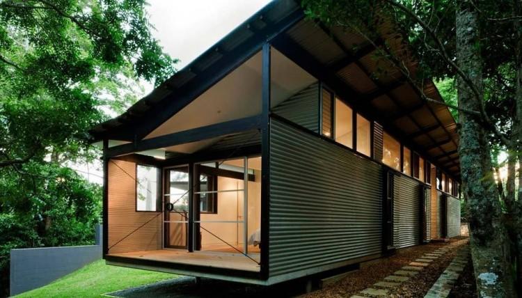 casa feita com telhas