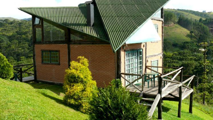 telhado de fibrocimento verde
