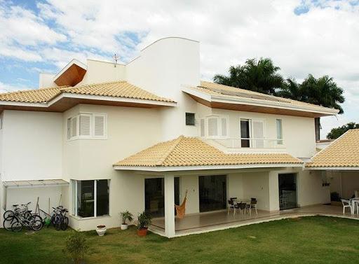 tipos de telhados com várias águas