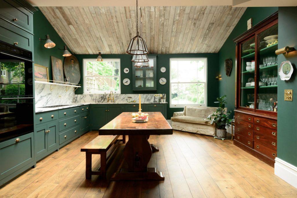 cozinha verde ampla