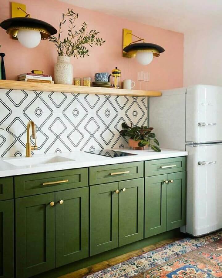 cozinha verde e rosa