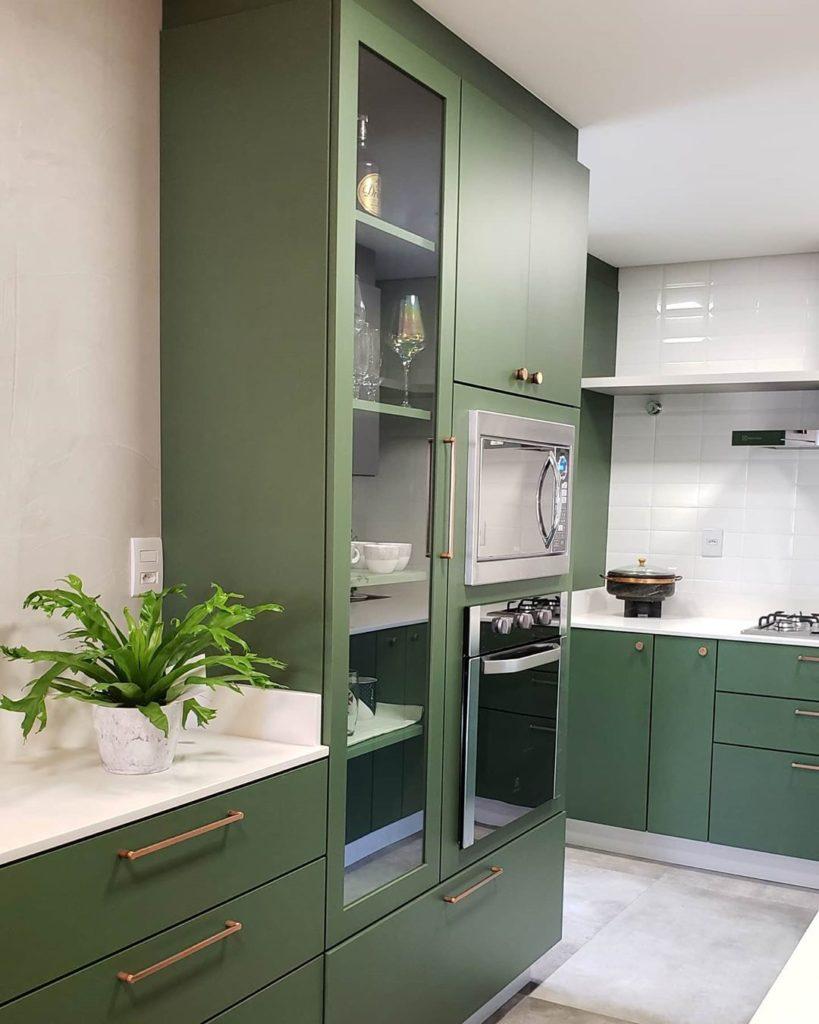 cozinha verde claro musgo