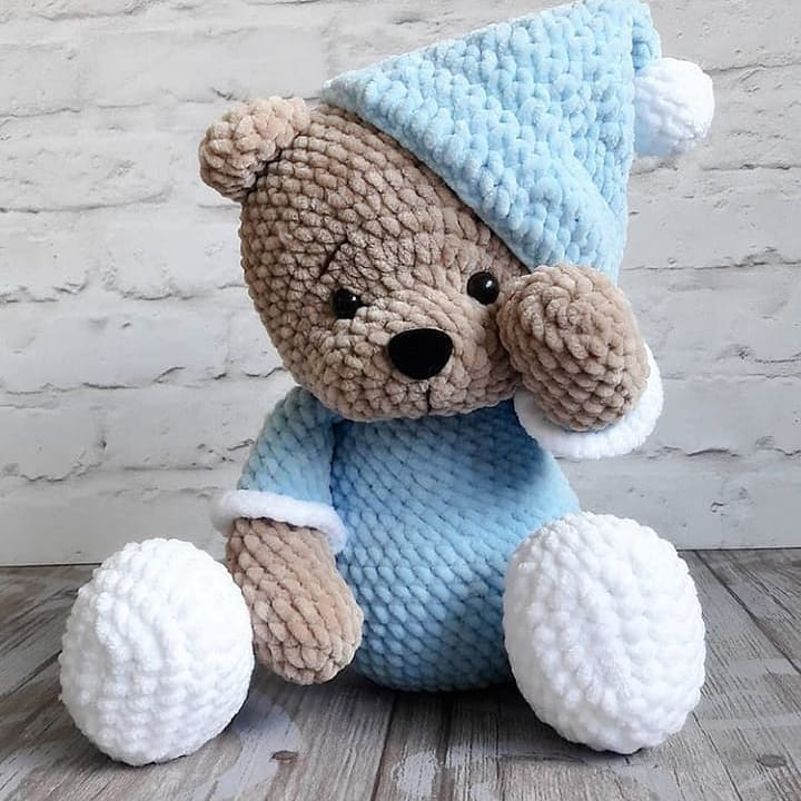 urso sonolento em amigurumi