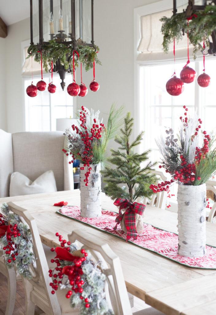 decoração de natal suspnsa e na mesa