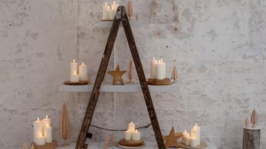 escada para decoração de natal