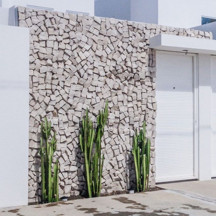 pedra portuguesa no muro