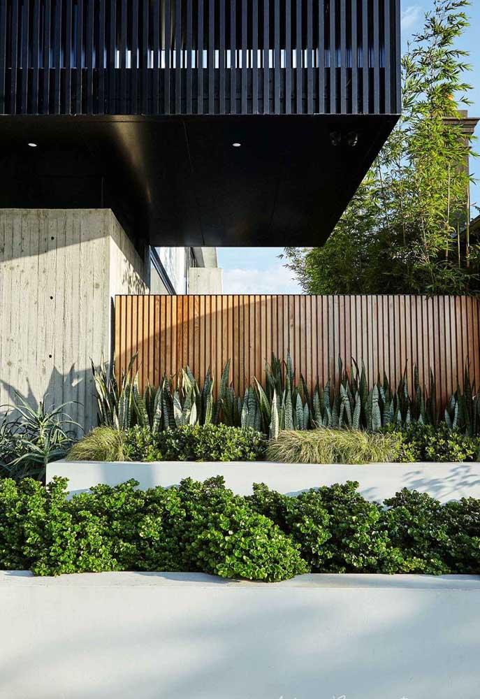 muros de casas de madeira