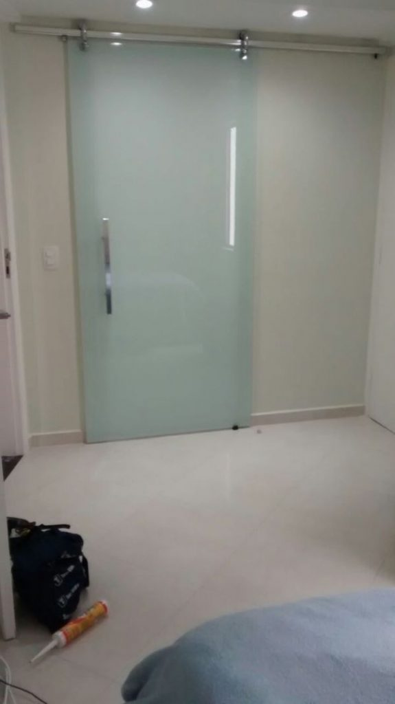 porta fosca para banheiro de correr