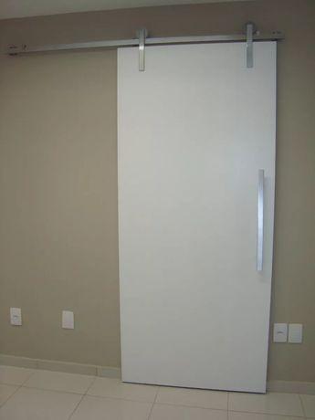 porta branca de correr