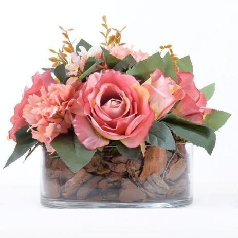 vaso baixo com rosas