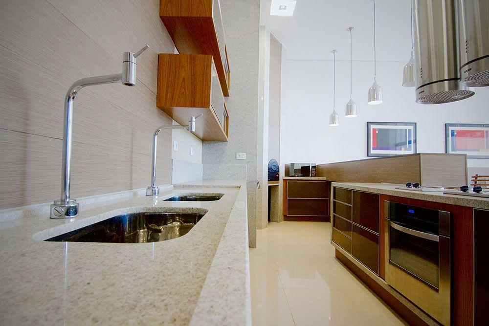 granito branco siena combinando com armários