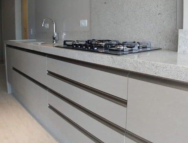 granito branco siena com cooktop