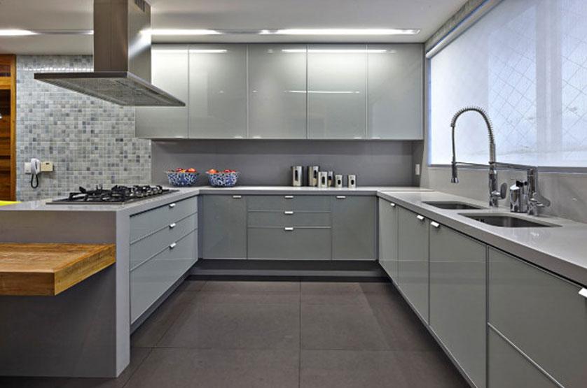 cozinha neutra com granito