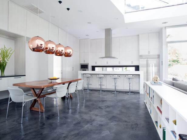 cozinha com piso cimento queimado