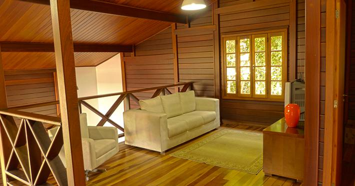 aproveite a madeira da fachada