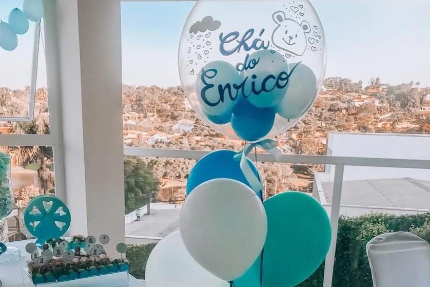 balões sobrepostos