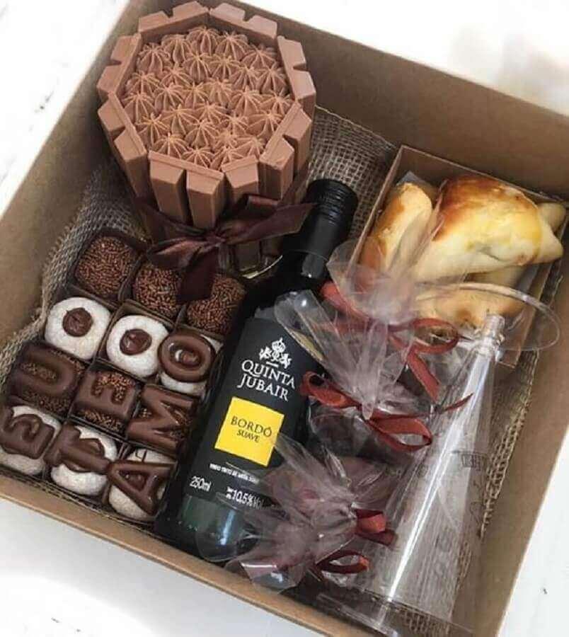Festa na caixa para namorados
