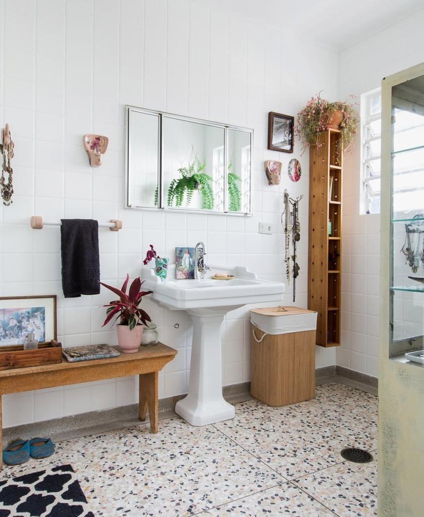 banheiro vintage com granilite