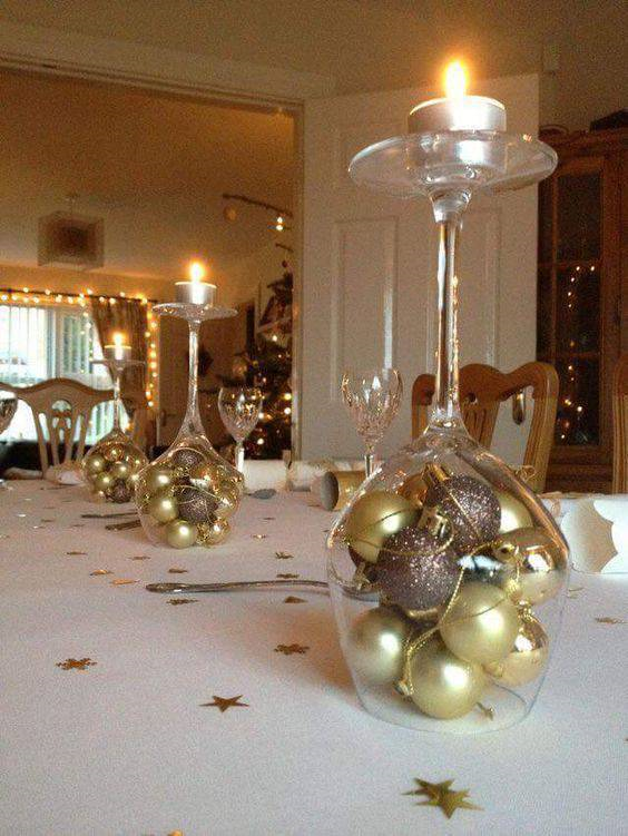 decoração ano novo com taças invertidas