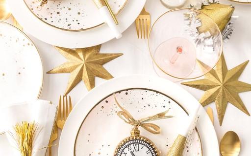 decoração ano novo na mesa
