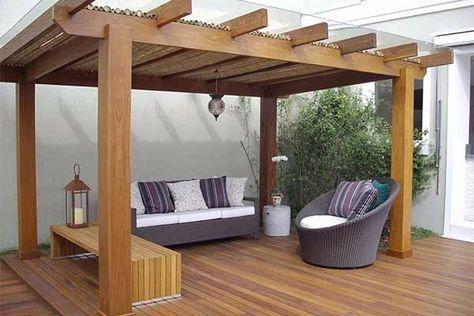 pergolado de madeira para sala externa