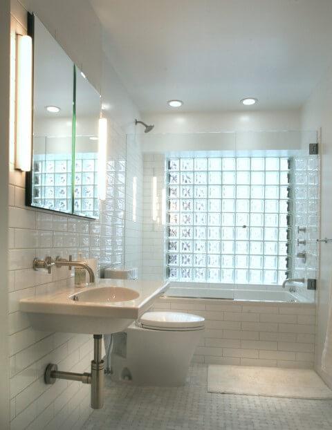 janela de banheiro