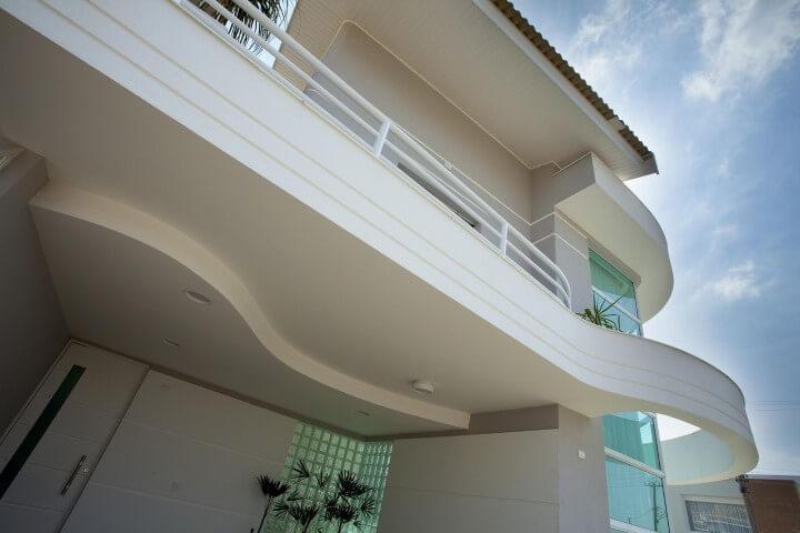 tijolo de vidro na fachada