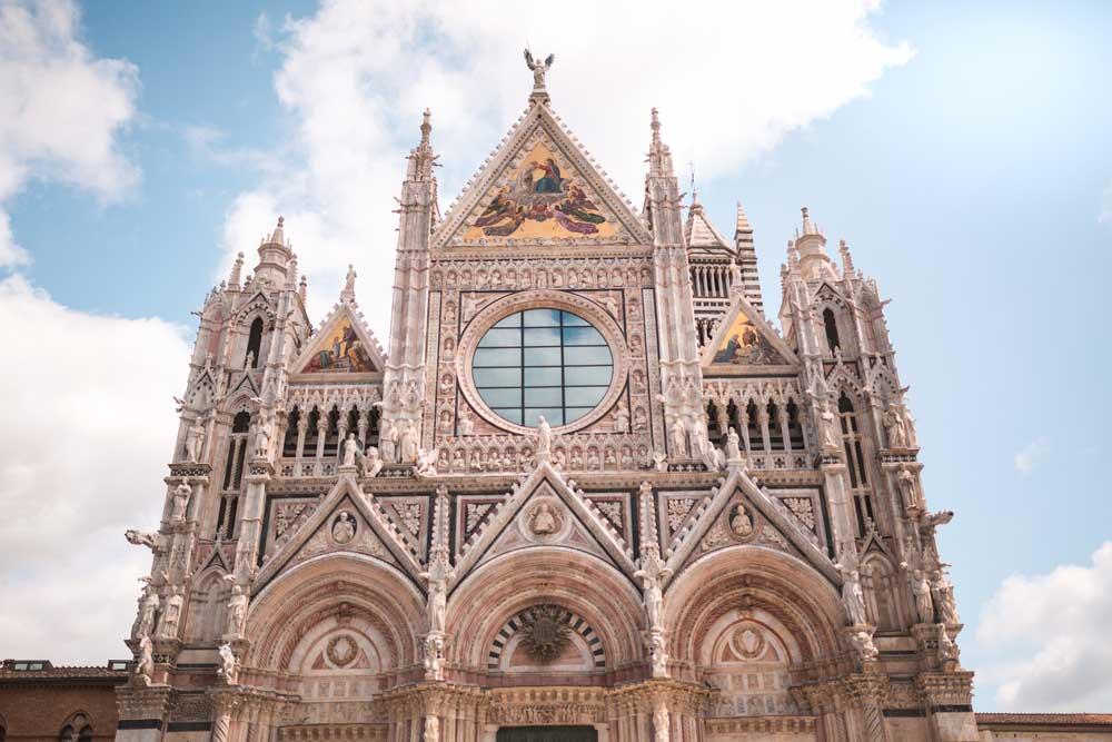 igreja com arquitetura de roma