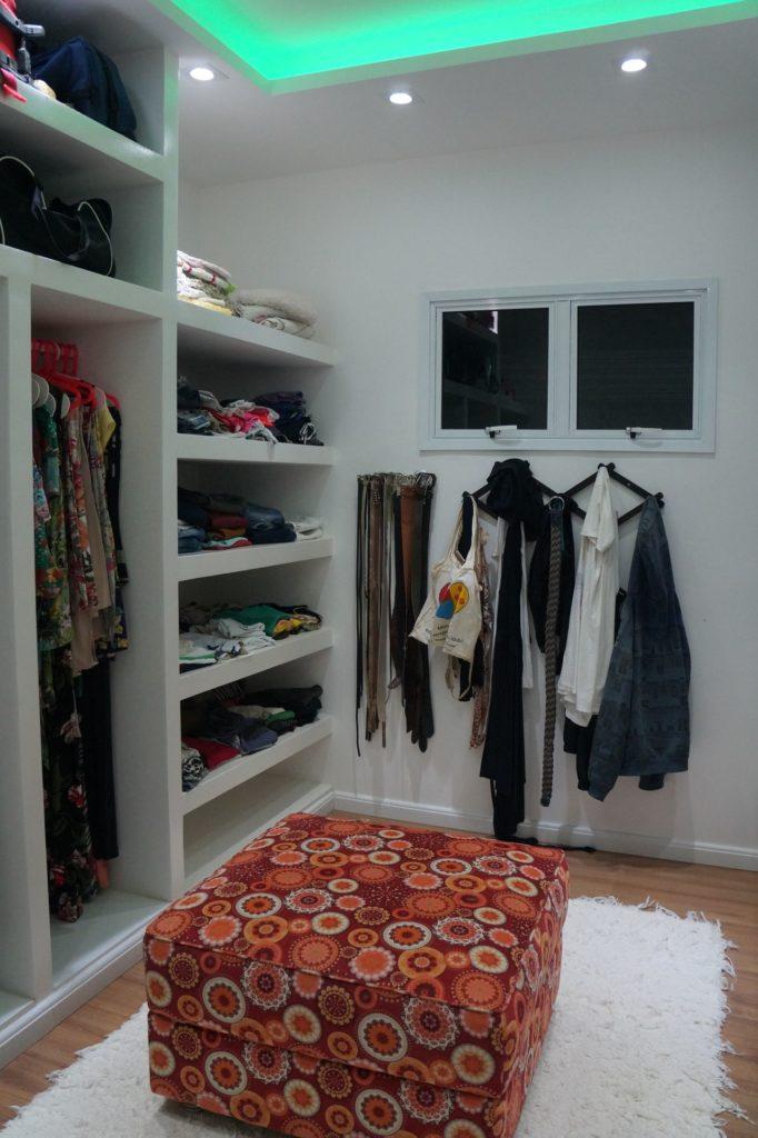 armário improvisado pequeno