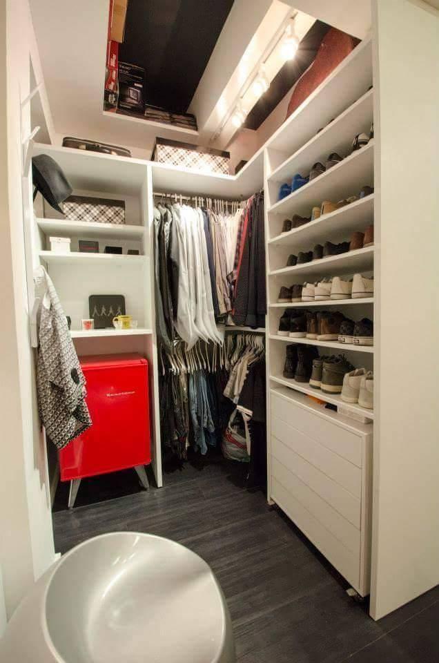 frigobar no armário